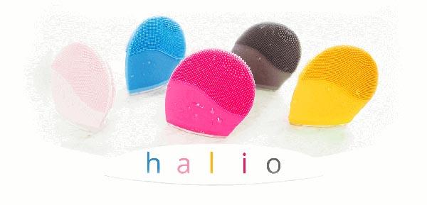 Nhà sản xuất cũng cho ra đời nhiều loại màu sắc đó là máy rửa mặt halio màu vàng, xanh, đỏ, hồng, xám