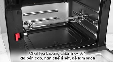 Chất liệu gia công các bộ phận như khay chiên, nướng thì cả hai đều làm từ chất liệu inox304.