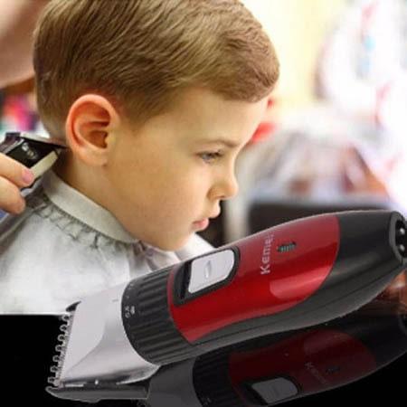 tông đơ cắt tóc Kemei rất an toàn khi dùng cho trẻ em